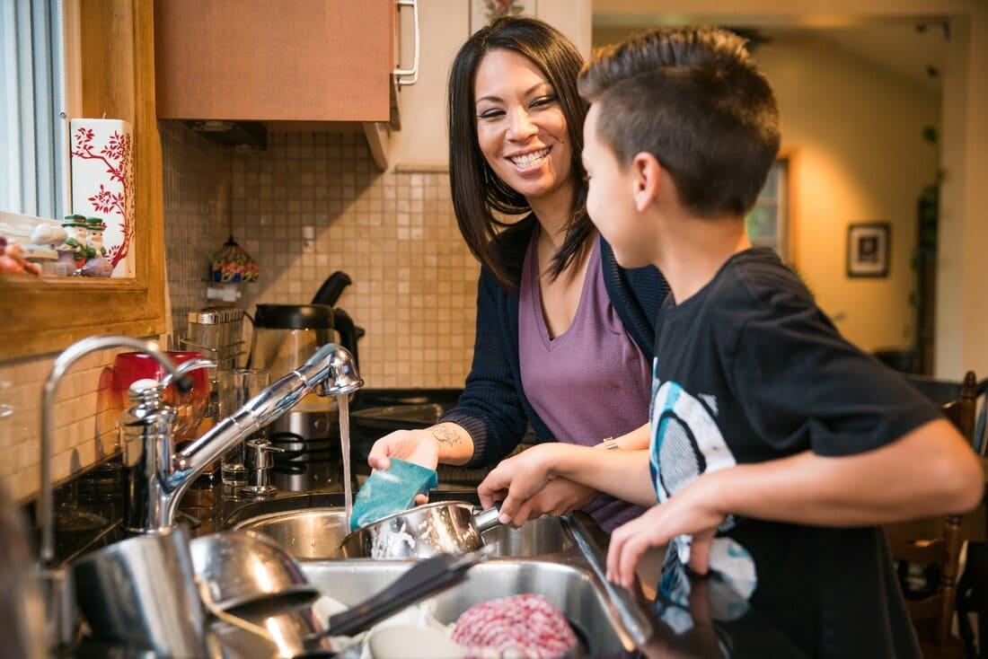 Audrey Abbal Coach parental Apaisologue & Passionnée Coaching Famille